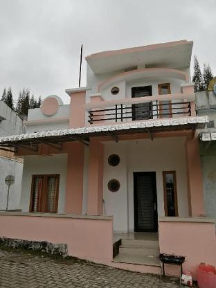 Villa Berastagi Highland 9x