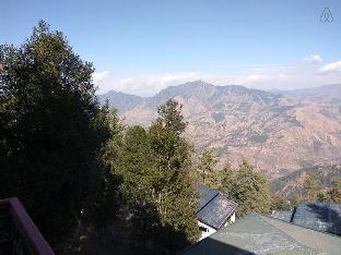 Amazing views, 2 Bedroom at Mashobra, Shimla