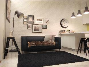 Lofty Studio1 | 24-7 Hot Food | Convenience
