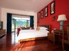 Meian Villa River view main room, Guilin