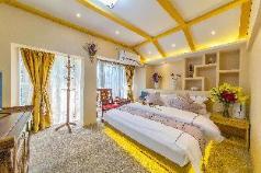 Yiyun garden Inn[Xingyun mountain scenery  house], Lijiang