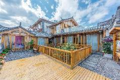 Chuyuan Holiday Courtyard Chun ya big bed room, Lijiang