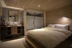 Nine House-Room 9, Guilin