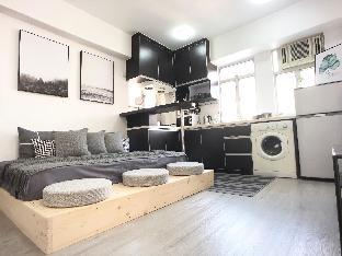 Modern Stylish Apt for family 3 mins from MTR