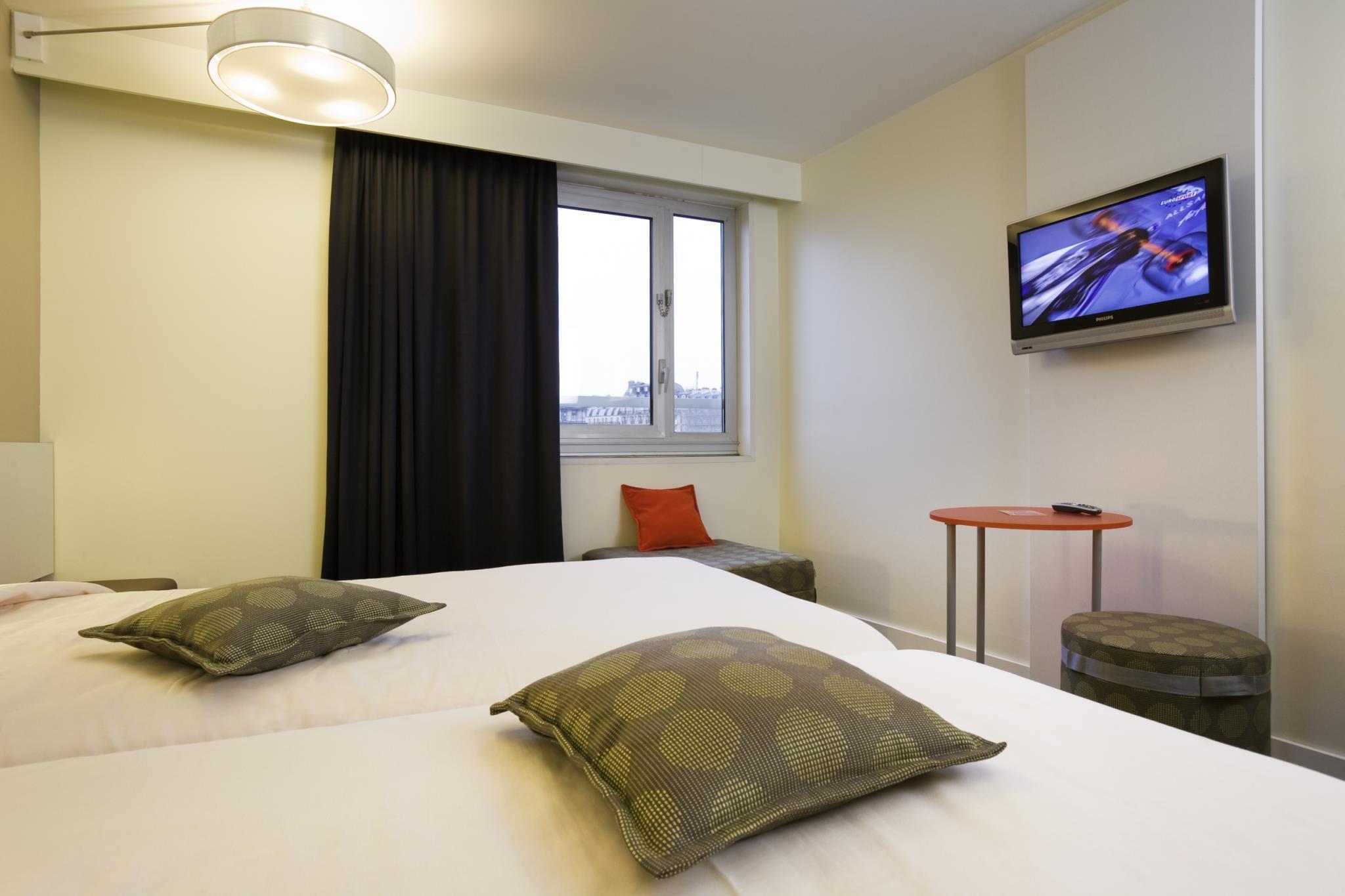 Book ibis styles paris gare de l 39 est chateau landon hotel for Standard hotel paris