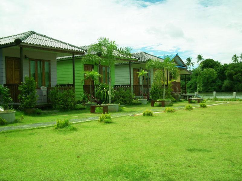 bambooya resort