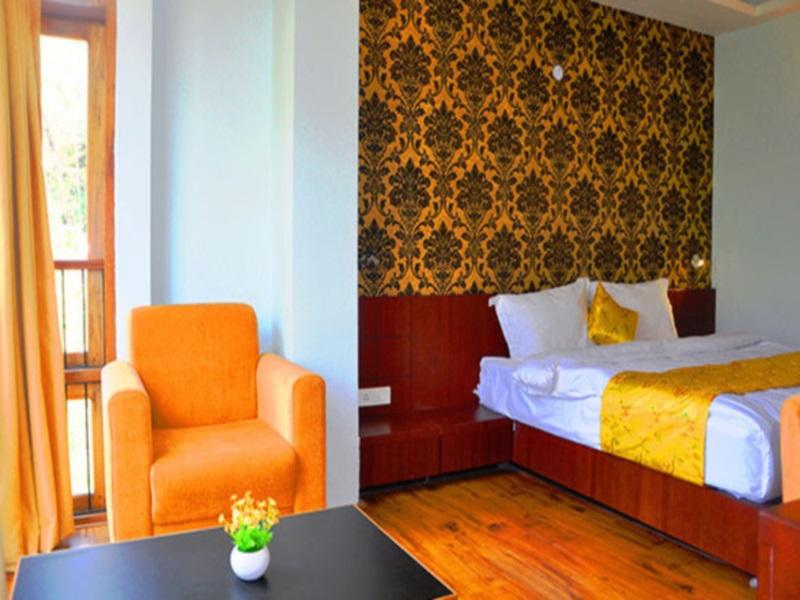 Reviews The Golden Crest Hotel