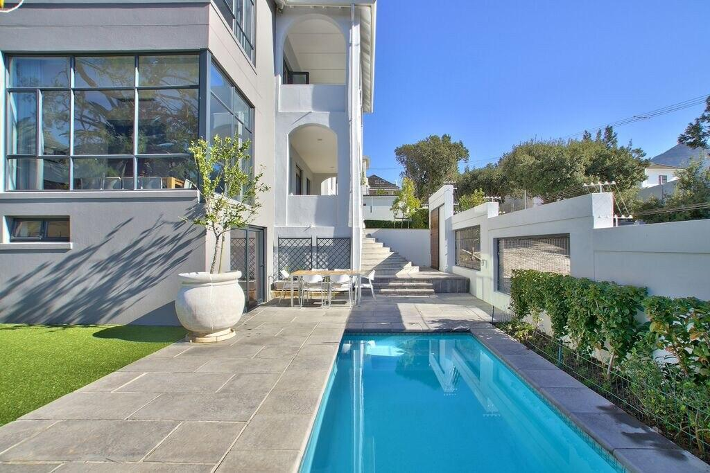 5 Bedroom Luxury Villa   Oranjezicht   Cape Town