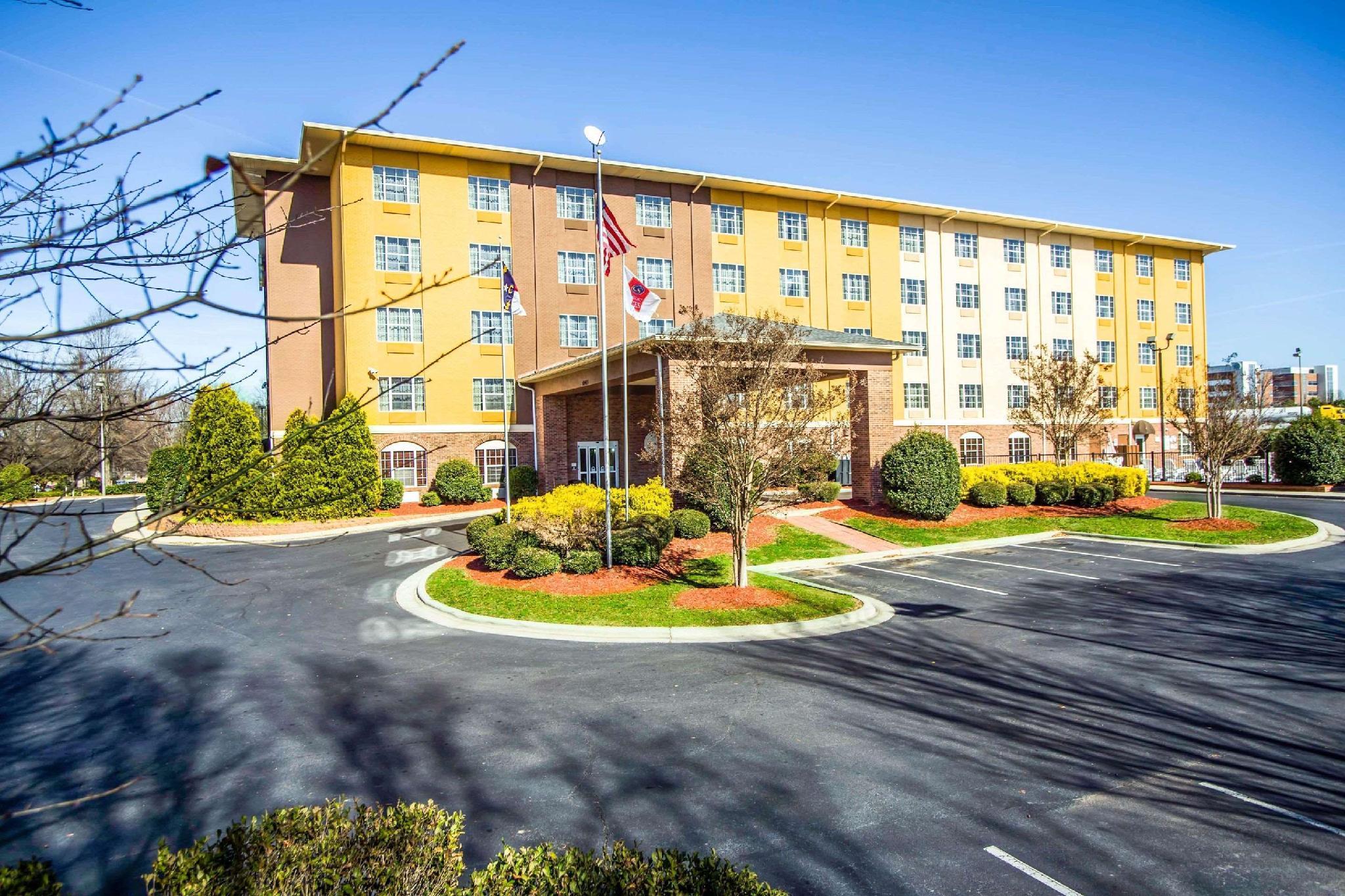 Comfort Suites Pineville   Ballantyne Area
