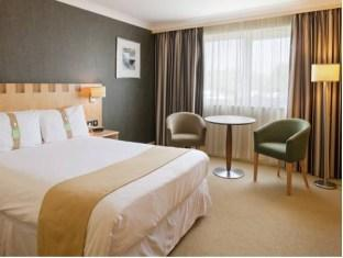Фото отеля Holiday Inn A55 Chester West