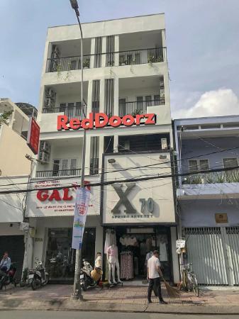 RedDoorz @ Le Van Sy Street 3 Ho Chi Minh City