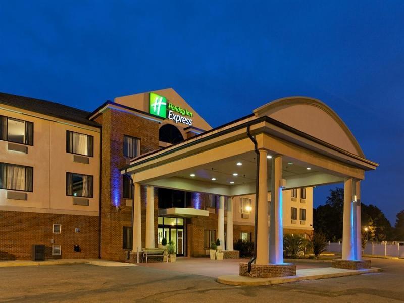 Holiday Inn Express And Suites Sylacauga