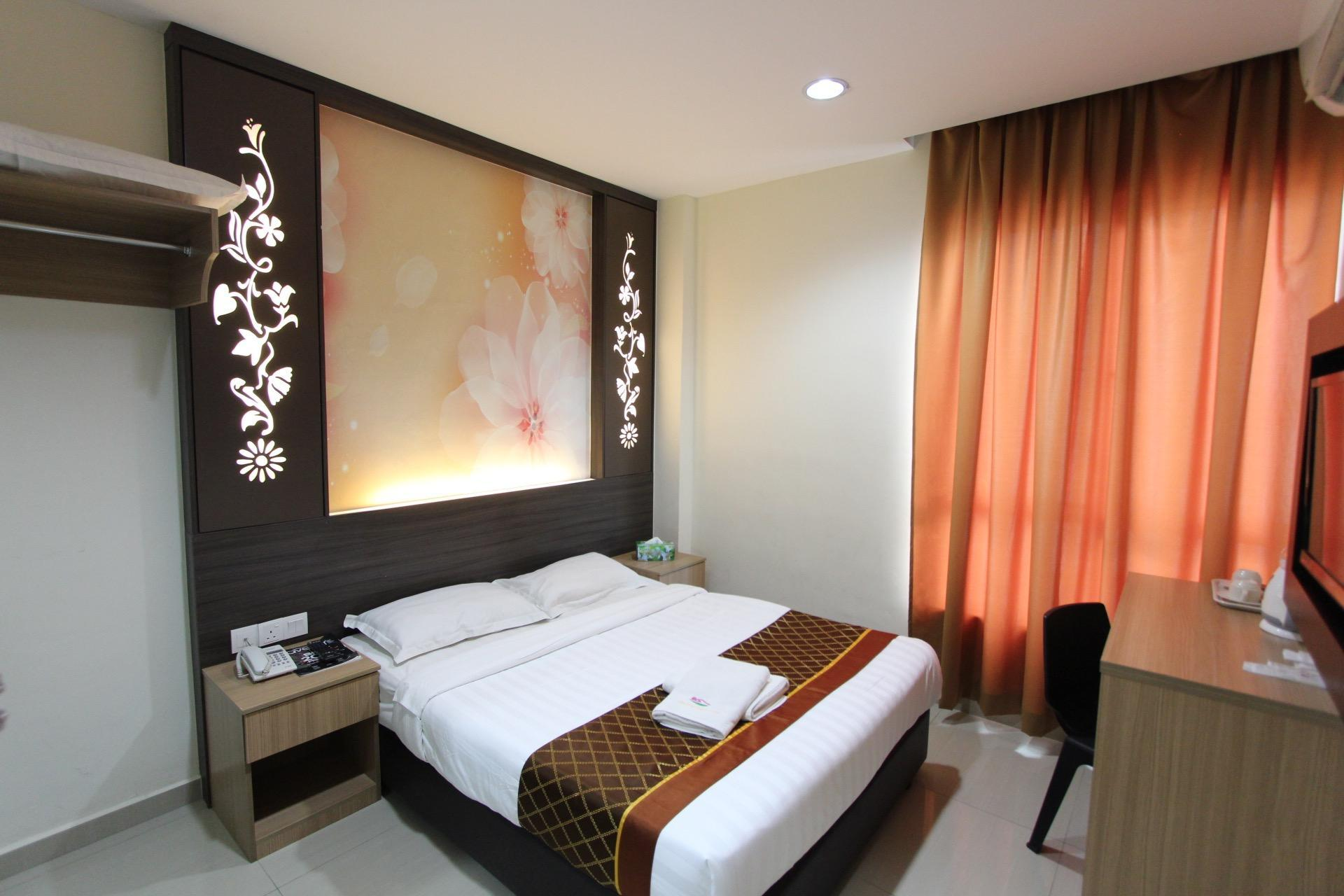 D And F Boutique Hotel