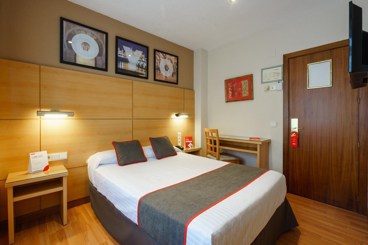 OYO Hotel Serrano