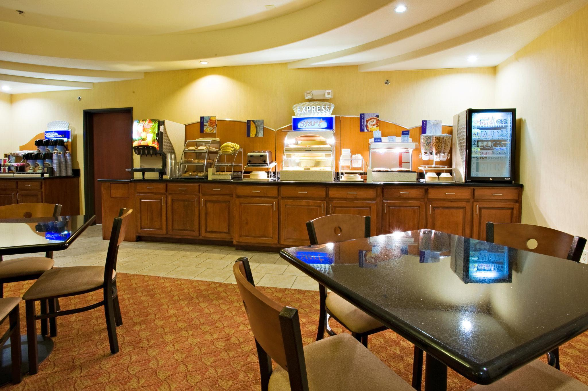 Holiday Inn Express Sweetwater Hotel