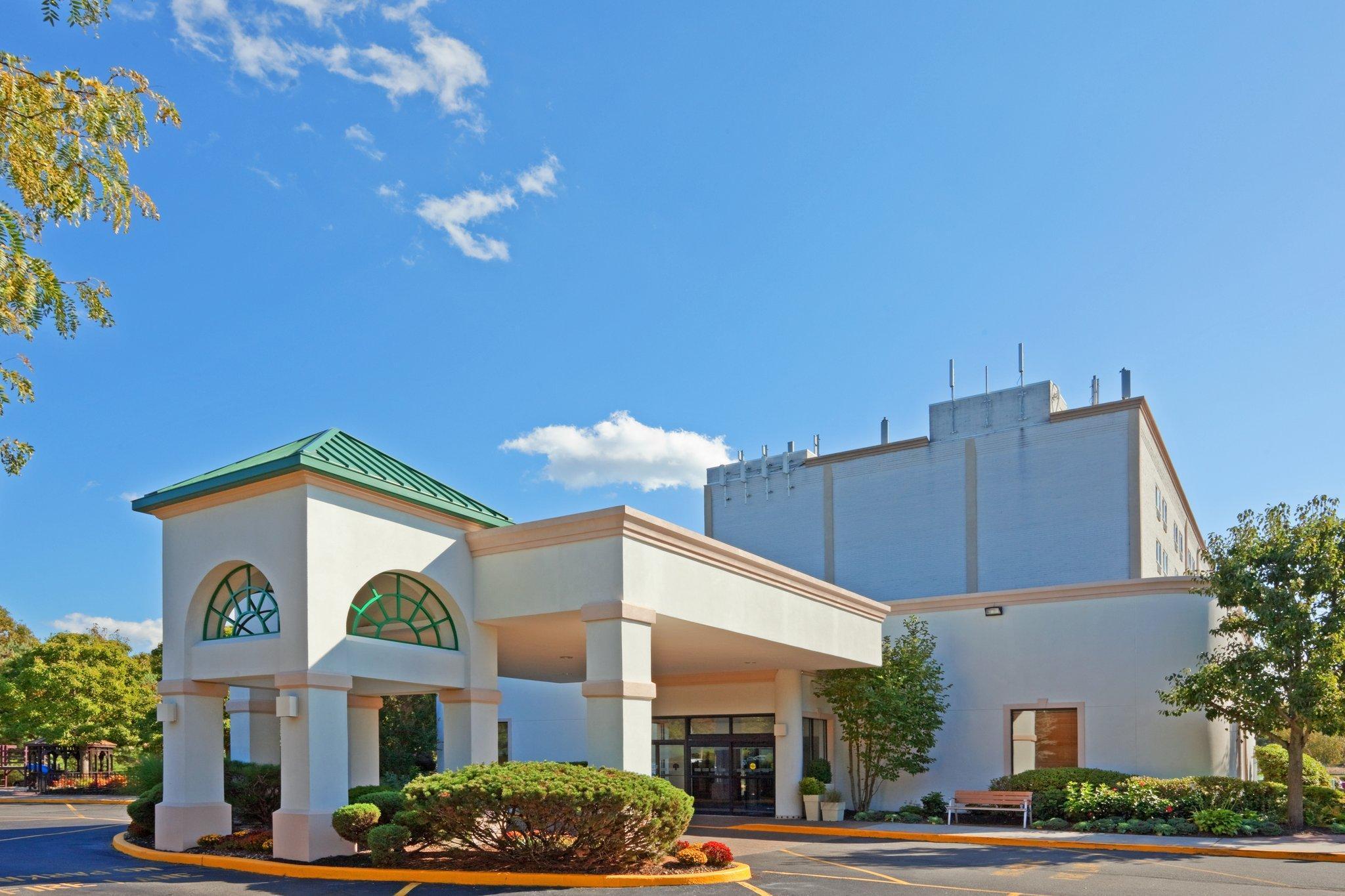 Holiday Inn Express Stony Brook Long Island