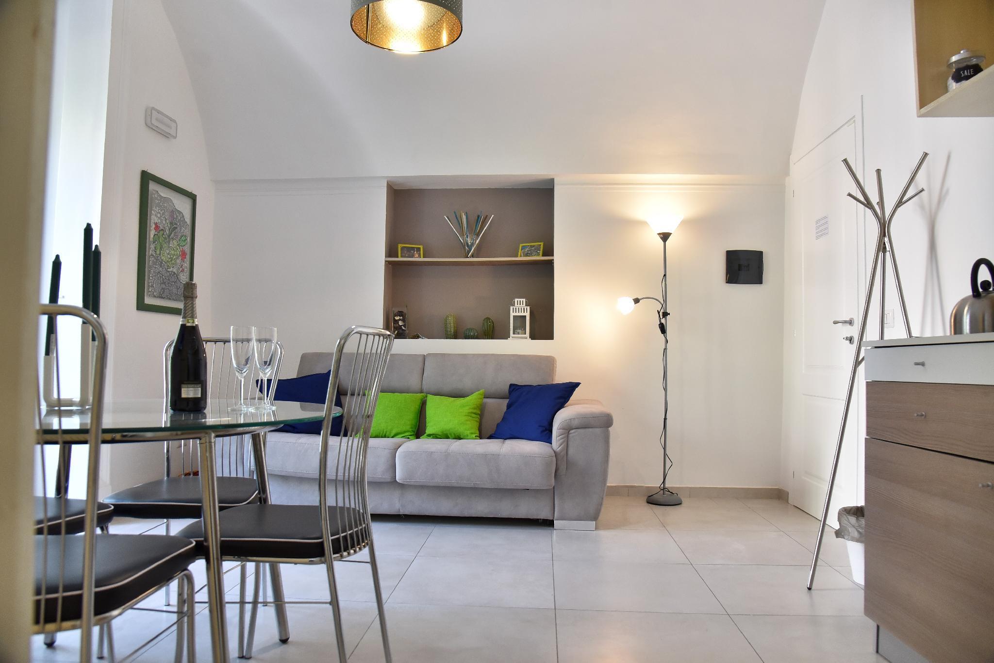 Balconi Su Piazza Dante   Exclusive Suites And Views