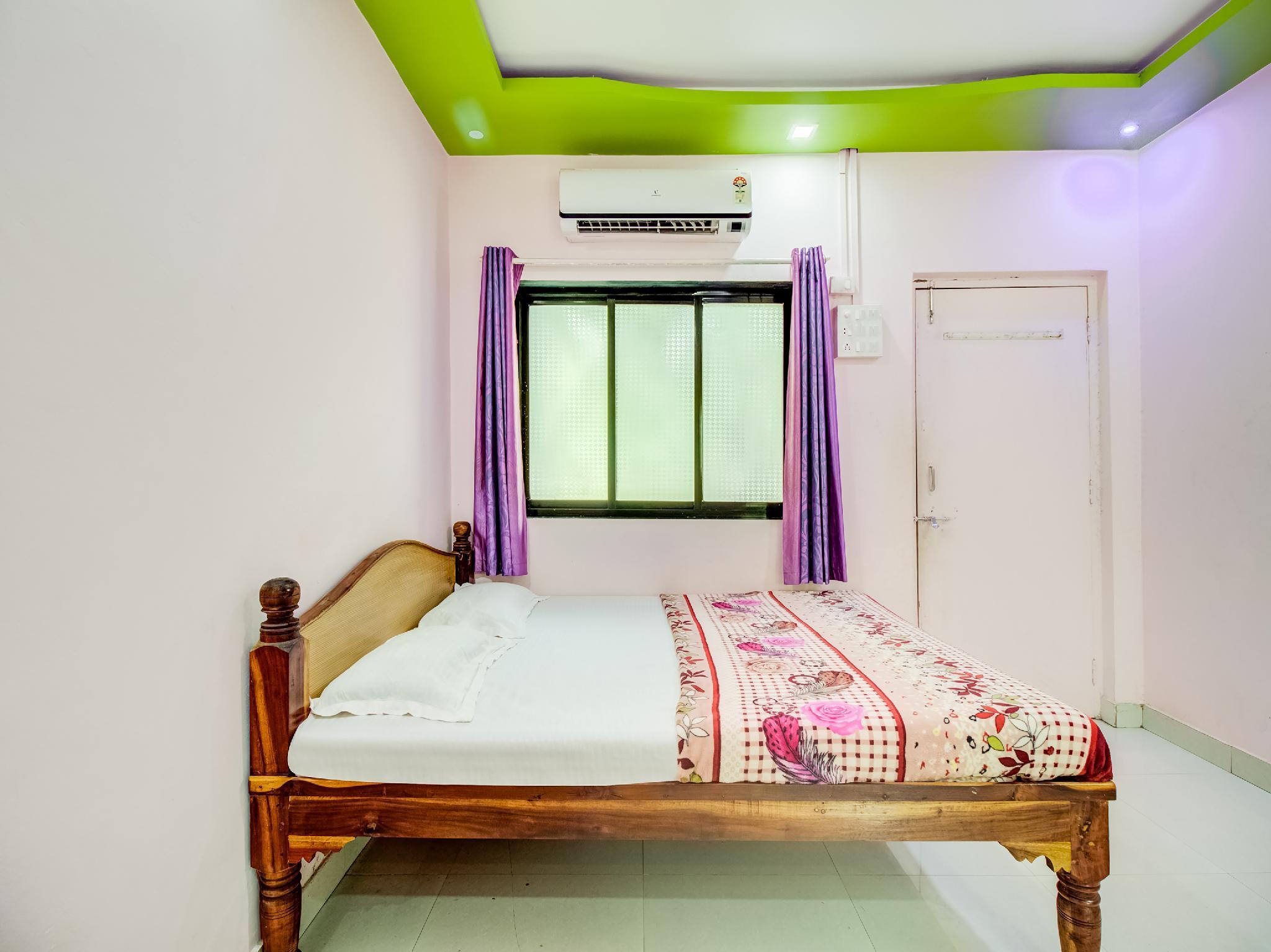 SPOT ON 46942 Soham Guest House