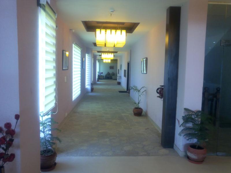 Price Komachi Hotel