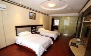 GreenTree Inn Guilin Railway Station Nanxishan Park Express Hotel