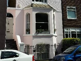 Veeve  3 Bed House On St Marks Road Notting Hill