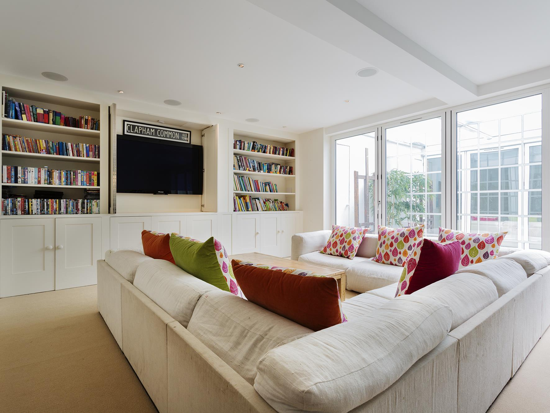 Veeve  Palatial 7 Bed Family Home Near Clapham Common Cautley Ave