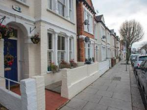 Veeve  5 Bed Family Home Tynemouth Street Fulham