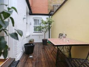 Veeve  Modern 3 Bed Townhouse In Exclusive Mayfair