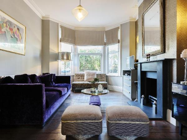 Veeve Interior Designed Home In Trendy Queens Park Mortimer Road London