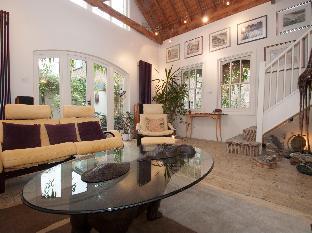 Veeve  Beautiful 3 Bed 3 Bath Mews House With Patio London Bridge