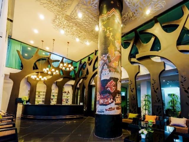 ราฮา แกรนด์ โฮเต็ล – Raha Grand Hotel