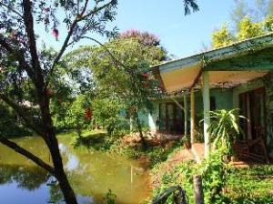 Kohmak Riverside Resort
