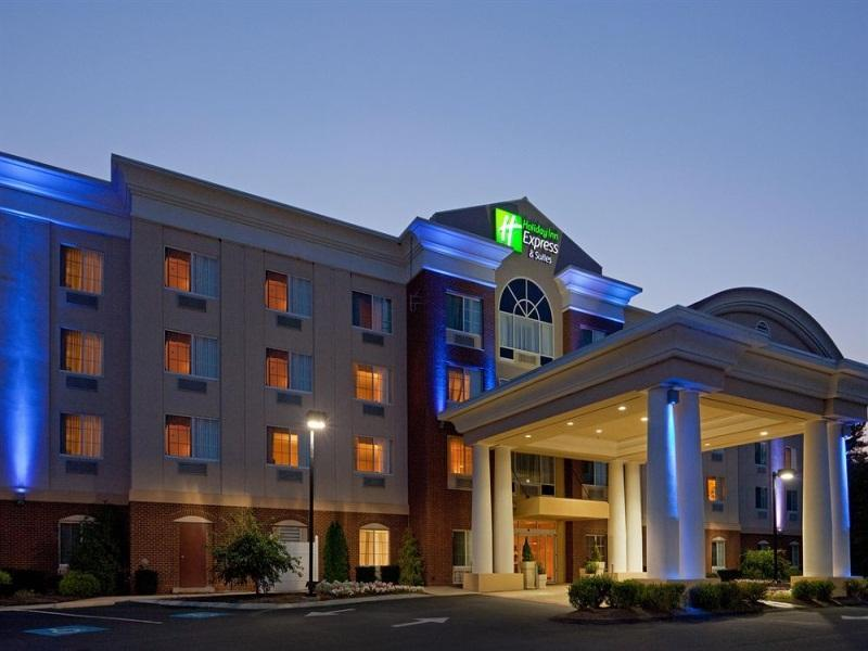 Holiday Inn Express Hotel And Suites Middleboro Raynham