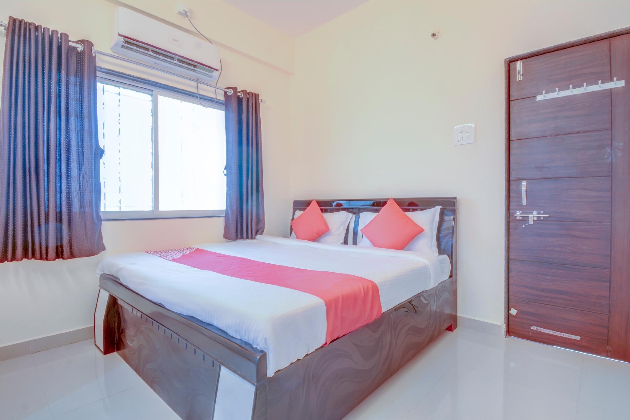 OYO 60685 Hotel Vaishnav Inn