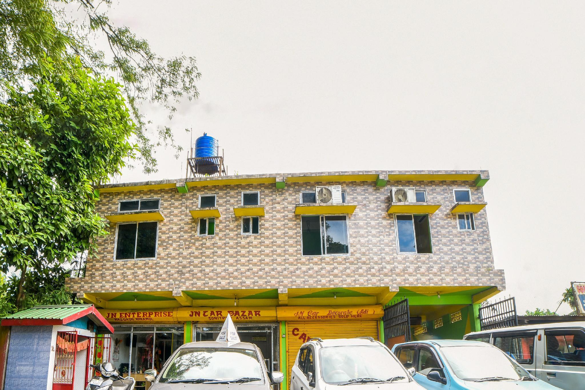 OYO 62085 Ganapati Hotel