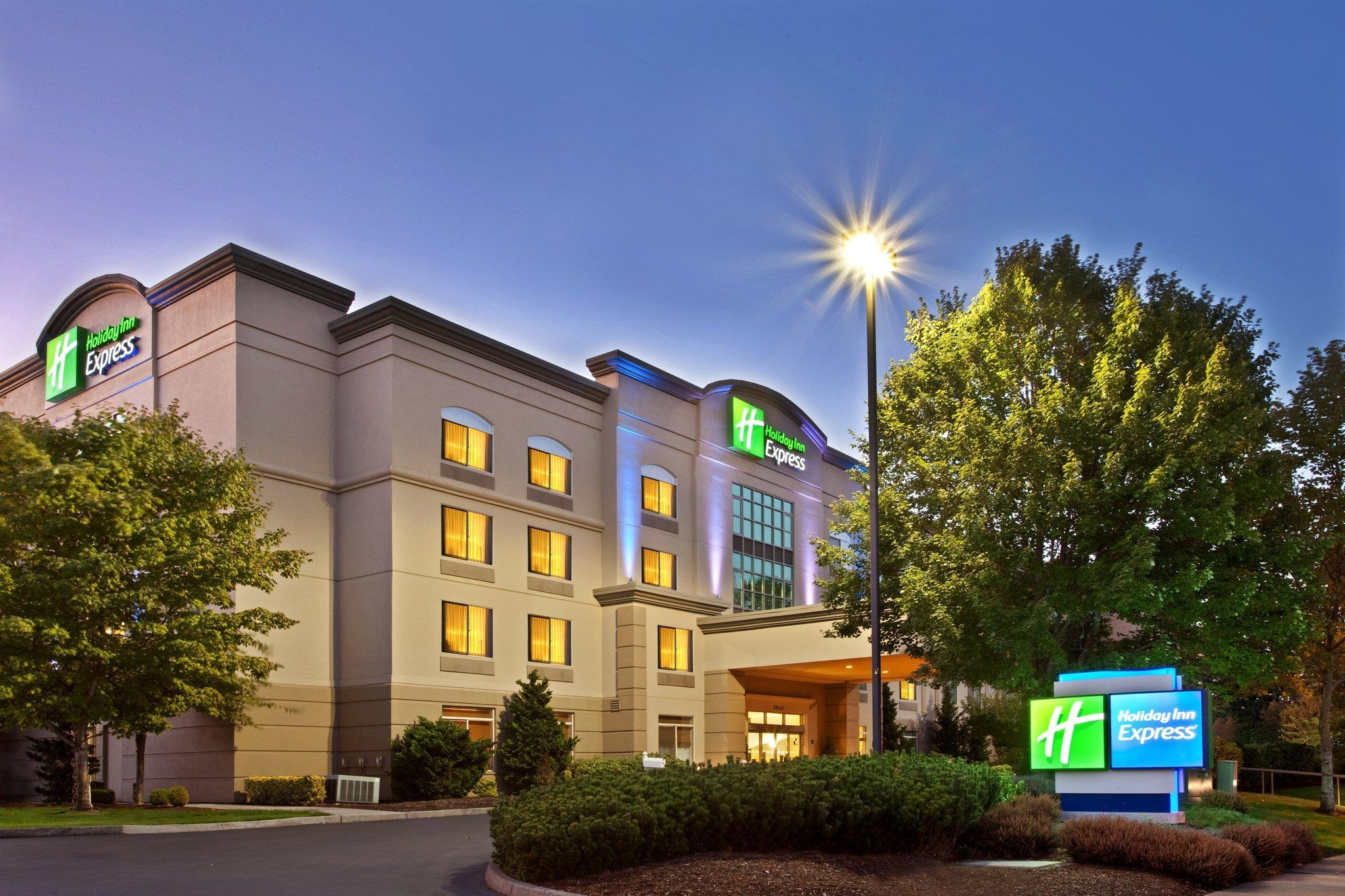 Holiday Inn Express Portland West Hillsboro