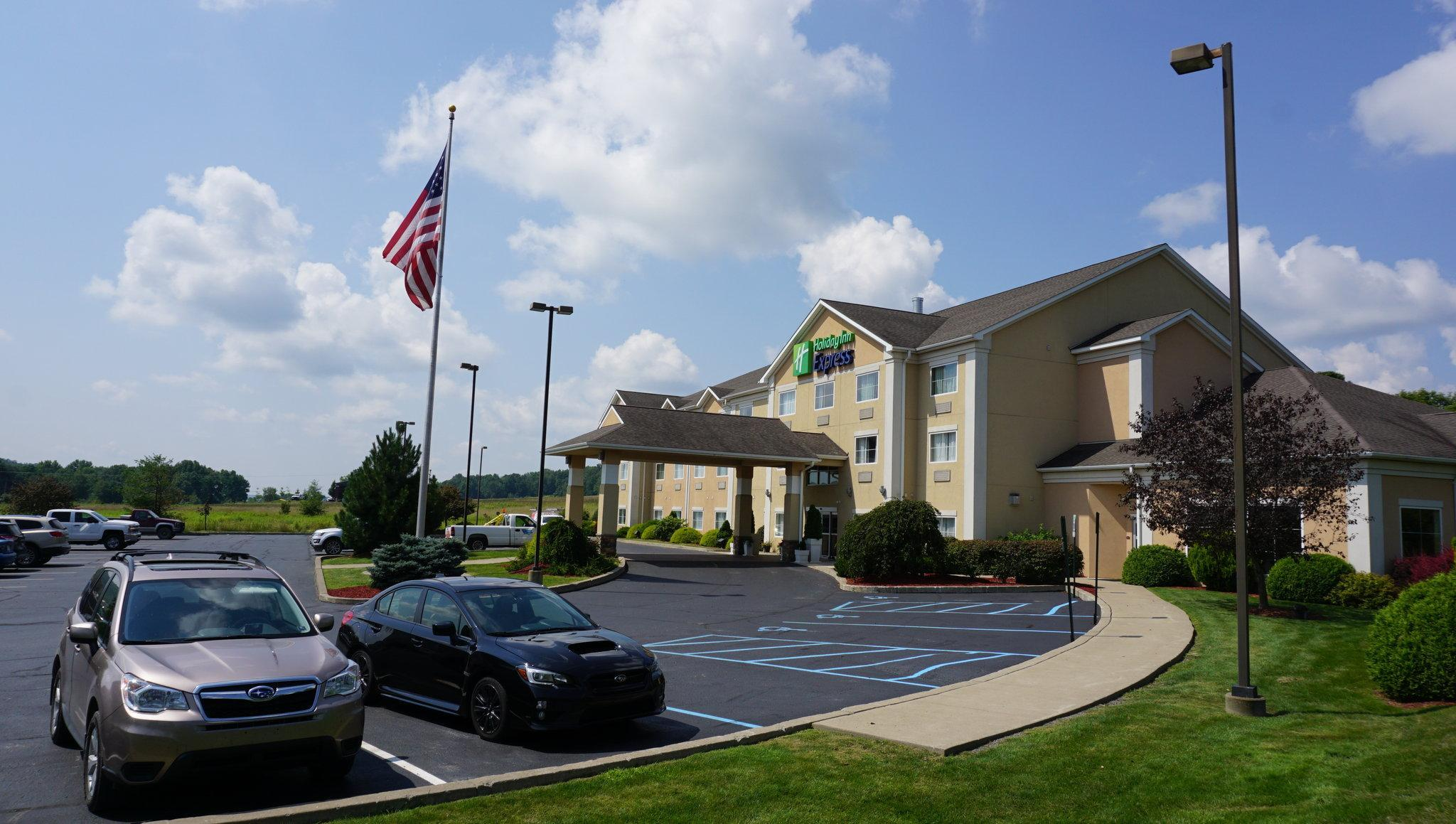 Holiday Inn Express And Suites Gibson