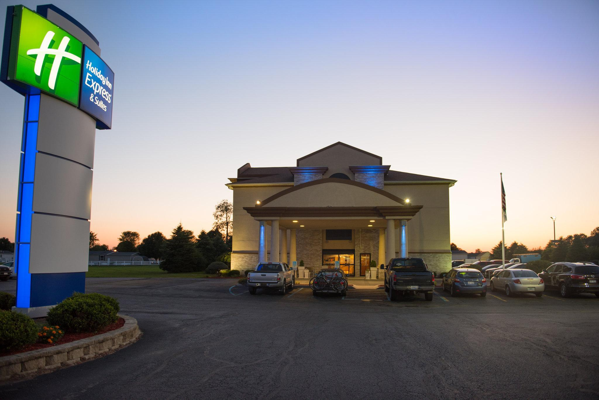 Holiday Inn Express Hotel And Suites Wauseon