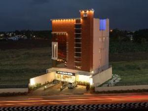 The Acacia Hotel