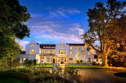 The Cellars Hohenort Hotel