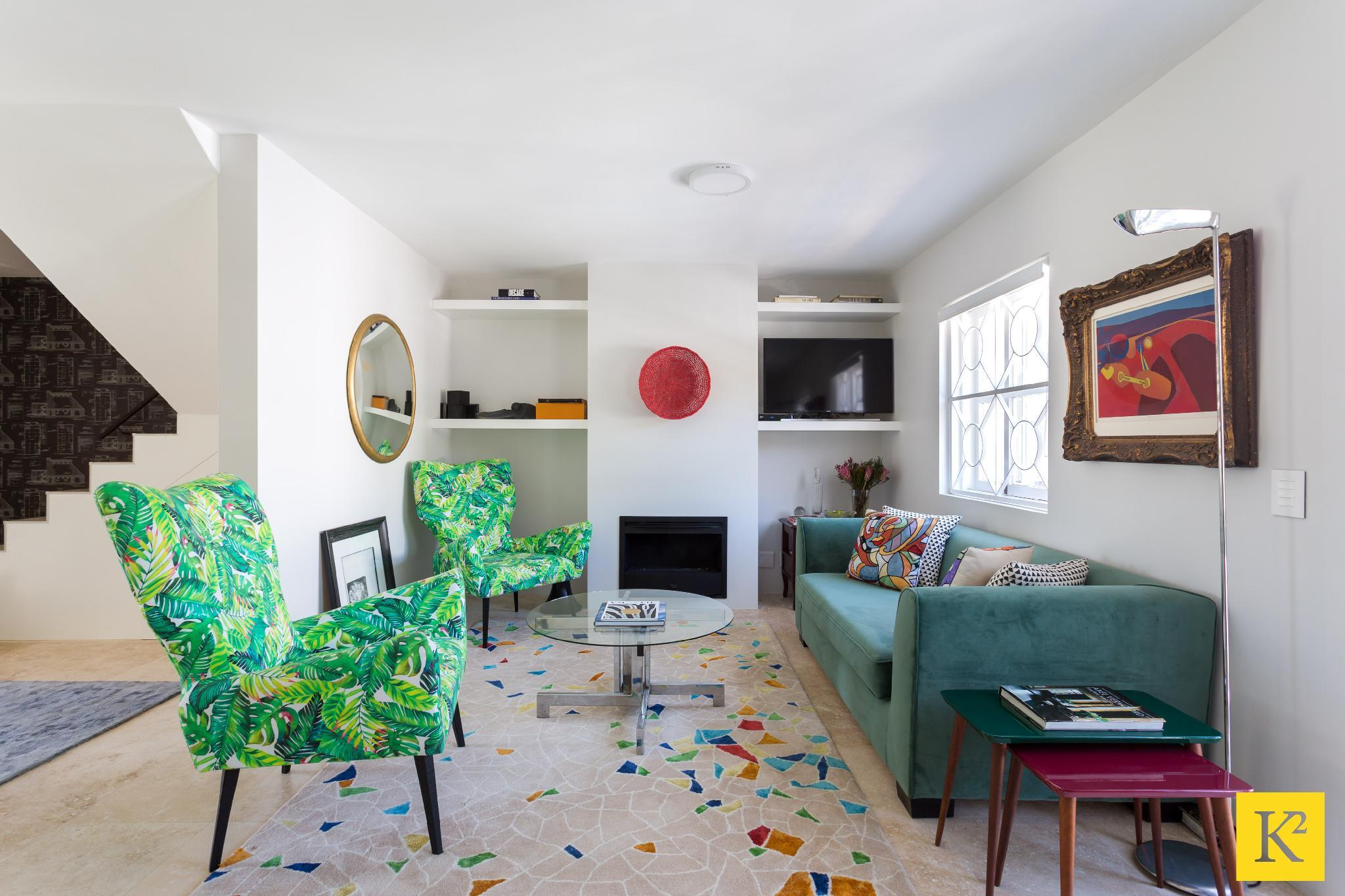Colorfully Decorated Apartment with Views of Table Mountain