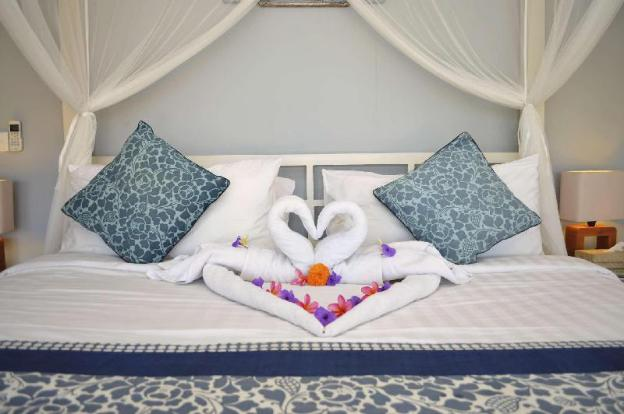 Enjoy a Holiday of a Lifetime Renting Your Own 5 Star Private Villa at the Best Rate in Canggu, Vill