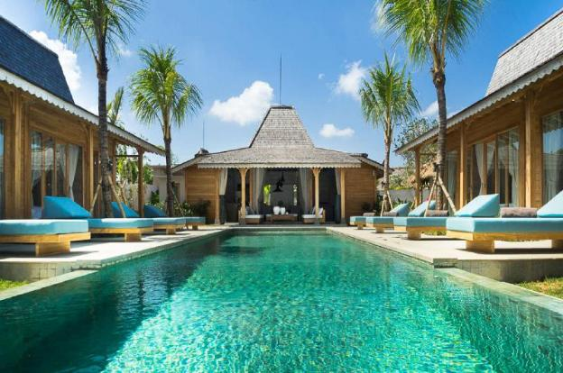 Beautiful 5 Star Holiday Villa in a Prime Location in Kerobokan, Book Early to Secure Your Dates