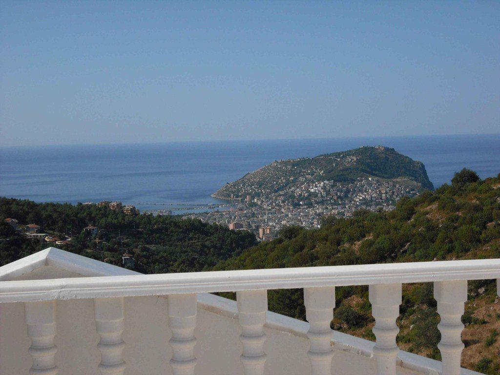 Picture This.. Renting Your Own 5 Star Private Villa With Pool And Majestic Views Of Alanya