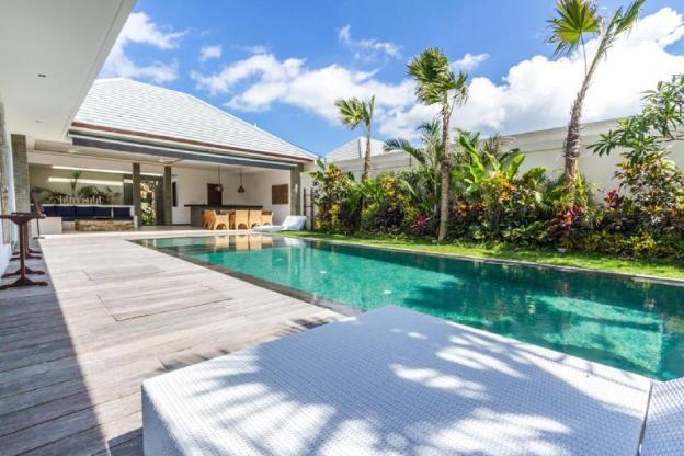 5 Star Private Villa, Seminyak, Bali Villa 1156