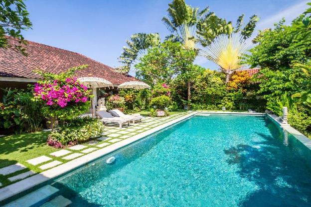 Luxury 4 Bedroom Holiday Villa in Seminyak with Private Pool, Villa Bali 2051