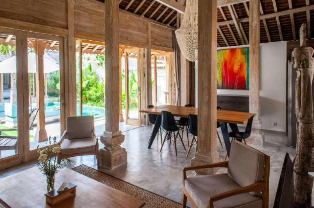 Imagine Your Family Renting a Luxury Holiday Villa Close to Kerobokan's Main Attractions, Villa Bal