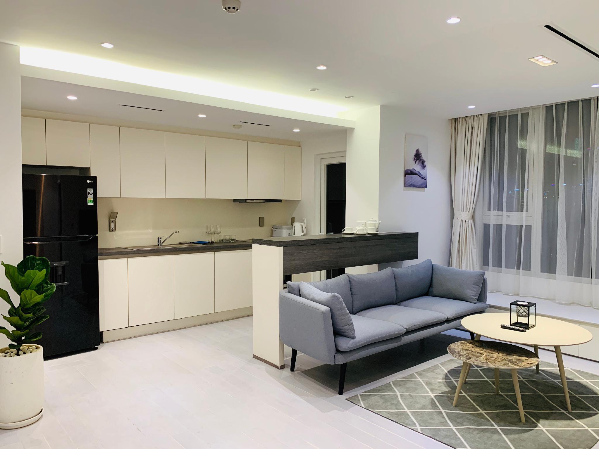 Leman Suites   Spacious Suite