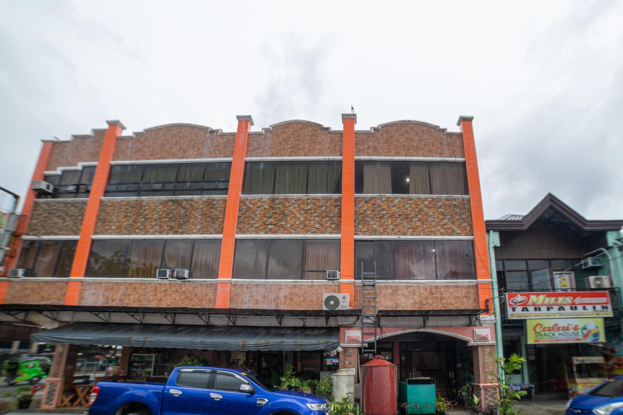 OYO 448 PVC Hotel