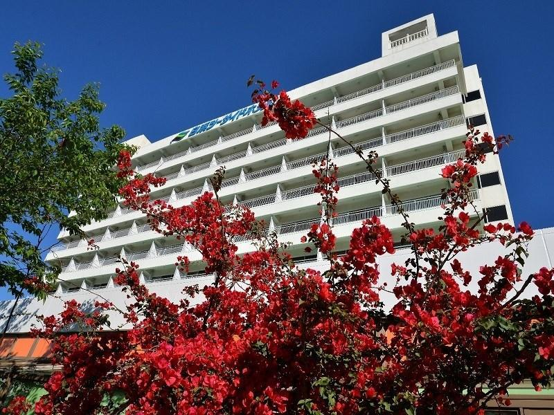 Shirahama Seaside Hotel